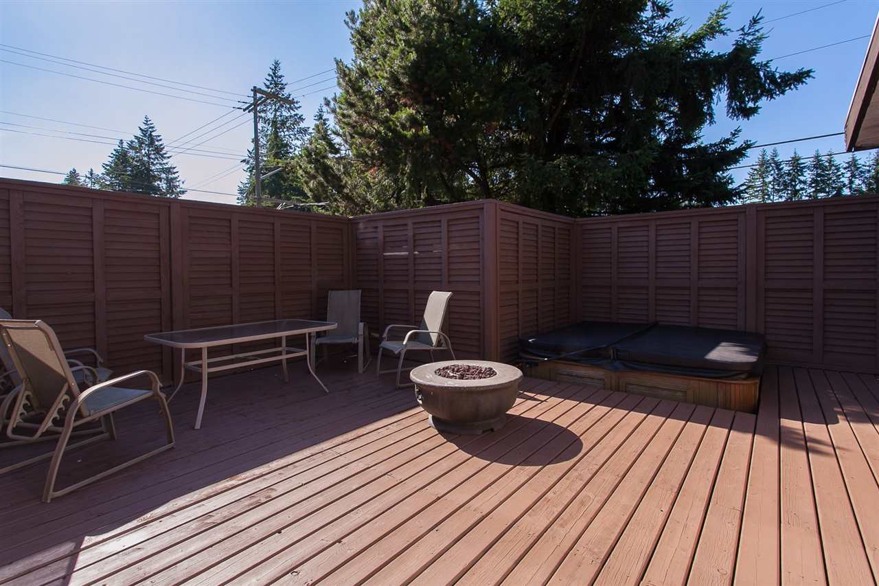 Detached at 20389 40 AVENUE, Langley, British Columbia. Image 17