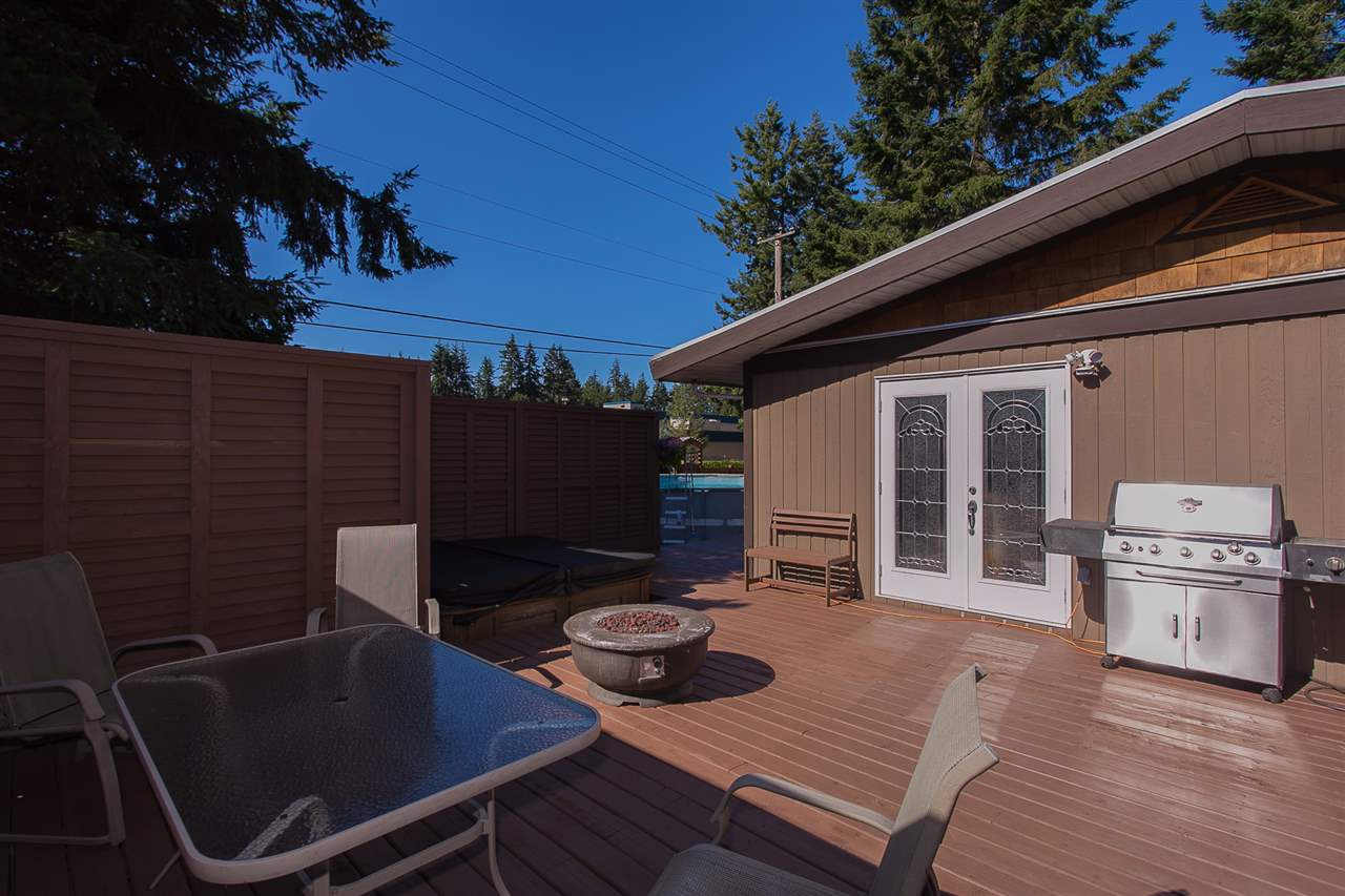 Detached at 20389 40 AVENUE, Langley, British Columbia. Image 18