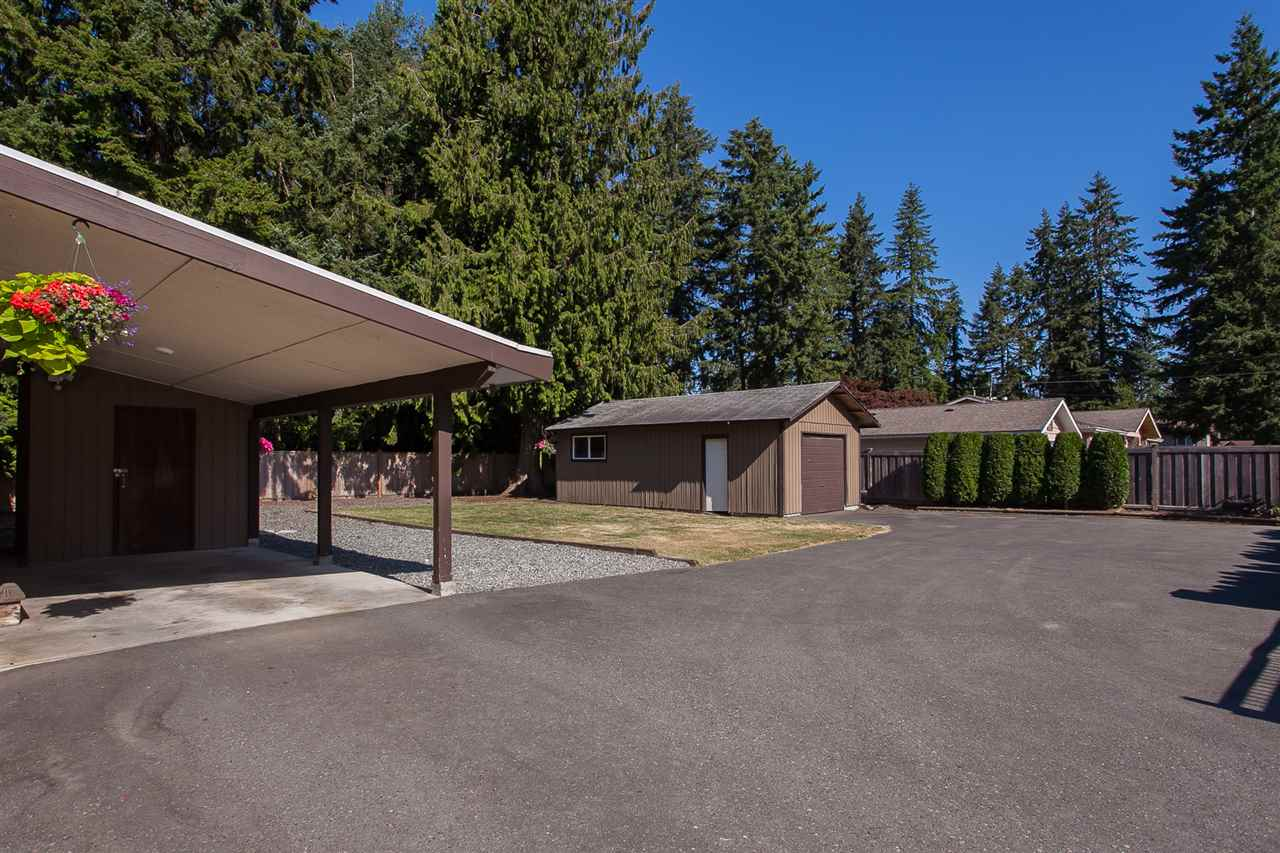 Detached at 20389 40 AVENUE, Langley, British Columbia. Image 19