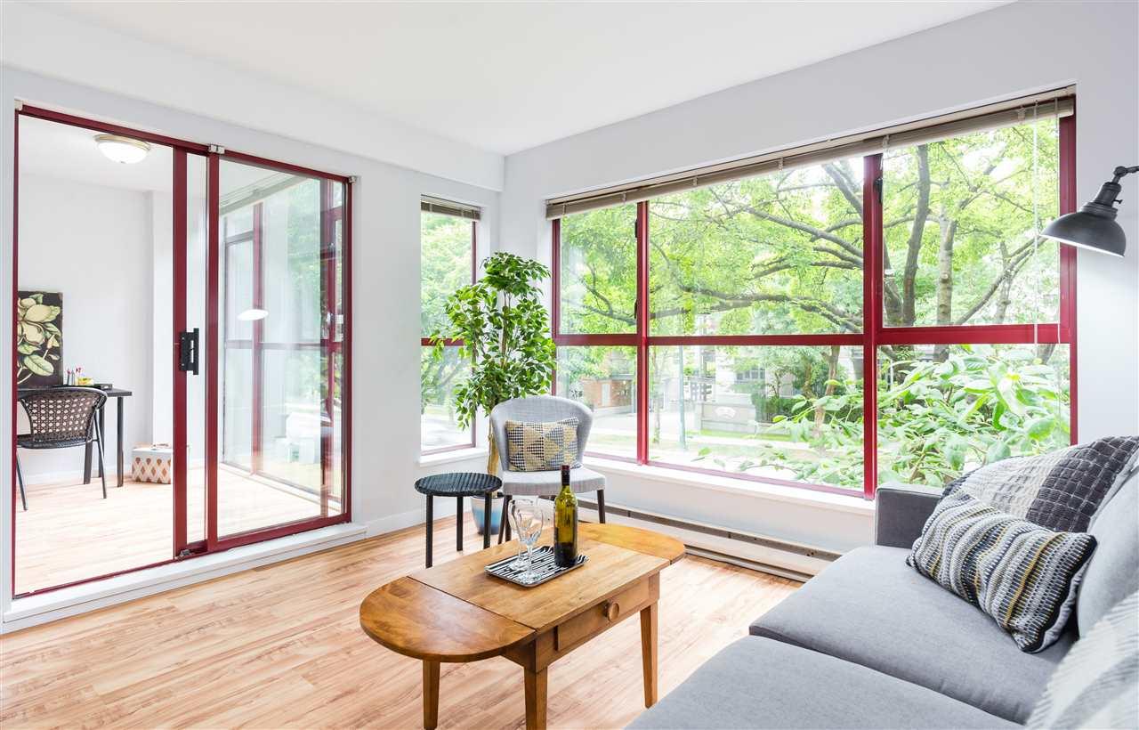 Condo Apartment at 201 2140 W 12TH AVENUE, Unit 201, Vancouver West, British Columbia. Image 2