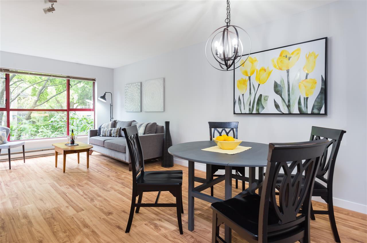 Condo Apartment at 201 2140 W 12TH AVENUE, Unit 201, Vancouver West, British Columbia. Image 10