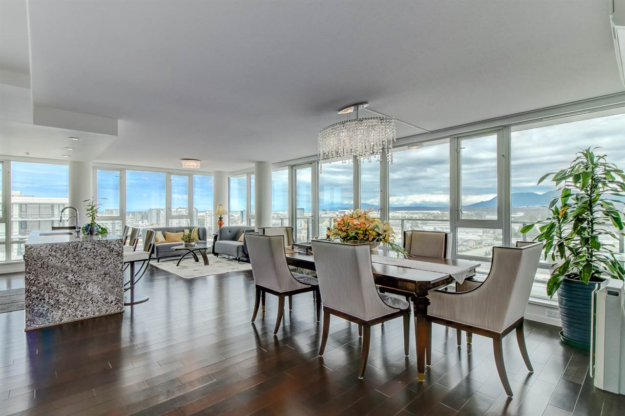 Condo Apartment at 1803 7888 ACKROYD ROAD, Unit 1803, Richmond, British Columbia. Image 6