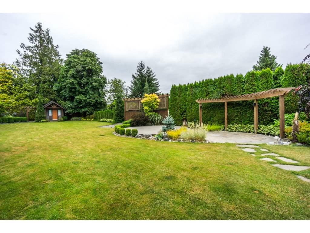 Detached at 2060 WINDSOR STREET, Abbotsford, British Columbia. Image 19
