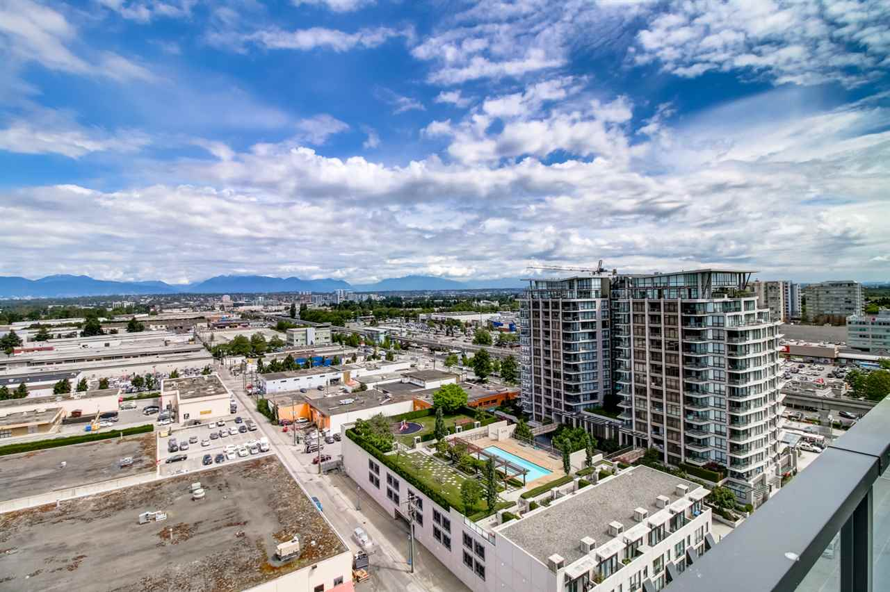 Condo Apartment at 1805 7888 ACKROYD ROAD, Unit 1805, Richmond, British Columbia. Image 13