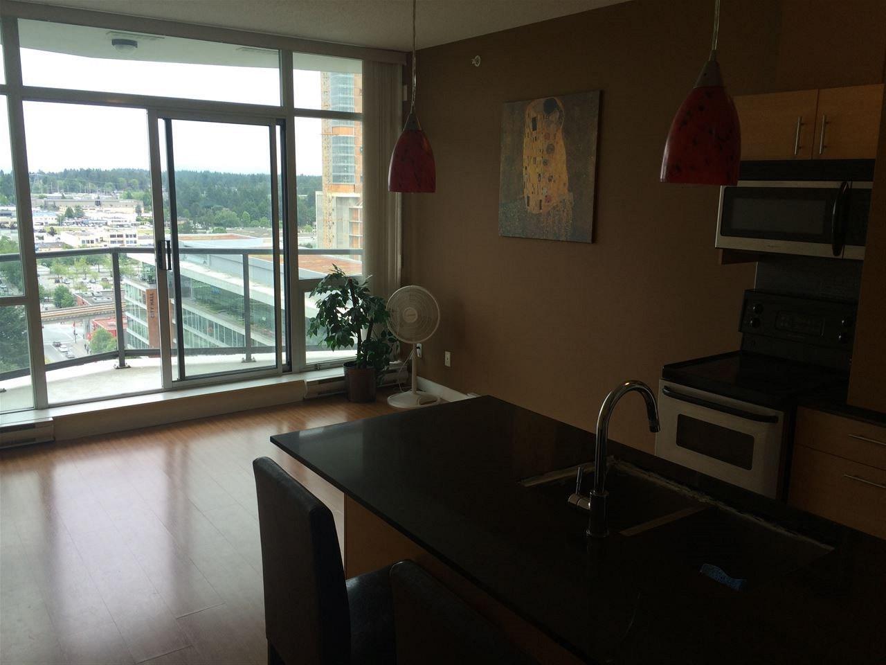 Condo Apartment at 1603 13399 104 AVENUE, Unit 1603, North Surrey, British Columbia. Image 3