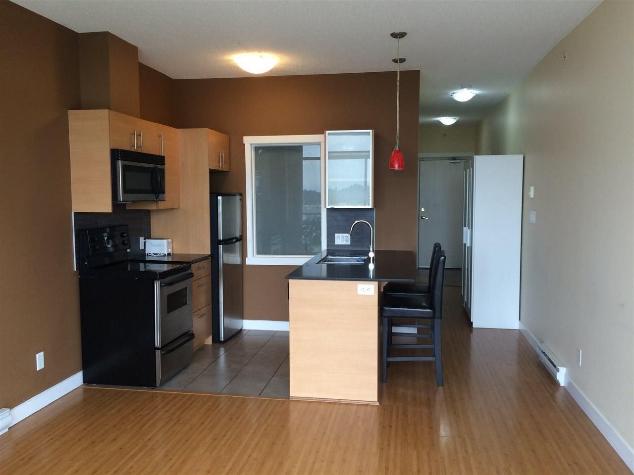 Condo Apartment at 1603 13399 104 AVENUE, Unit 1603, North Surrey, British Columbia. Image 4