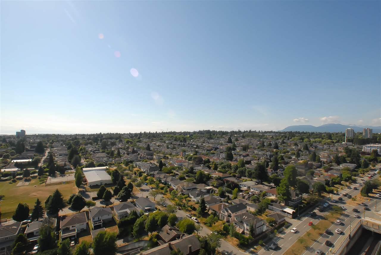 Condo Apartment at 2309 8131 NUNAVUT LANE, Unit 2309, Vancouver West, British Columbia. Image 11