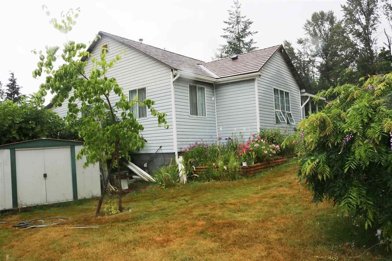 Detached at 16 2216 LOUGHEED HIGHWAY, Unit 16, Harrison Mills / Mt Woodside, British Columbia. Image 4