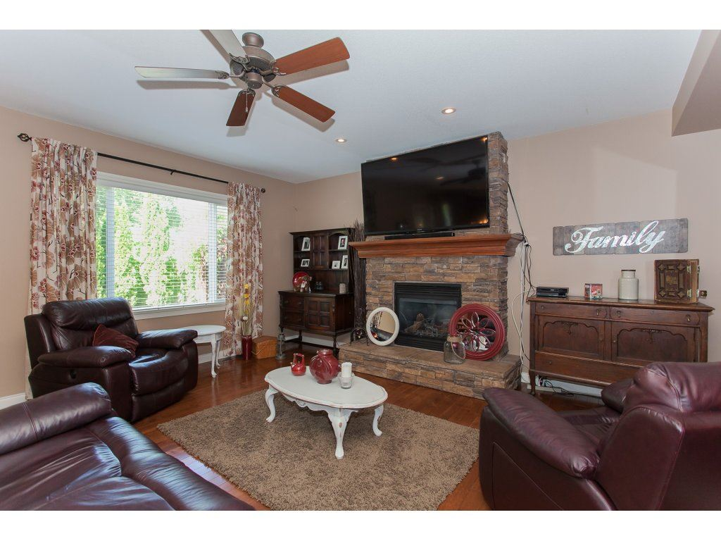 Detached at 134 23925 116 AVENUE, Unit 134, Maple Ridge, British Columbia. Image 3