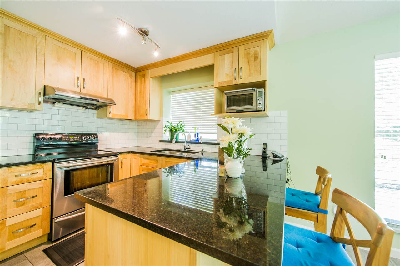 Townhouse at 10 5820 DOVER CRESCENT, Unit 10, Richmond, British Columbia. Image 2