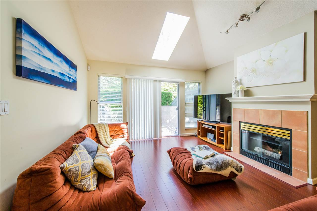 Townhouse at 10 5820 DOVER CRESCENT, Unit 10, Richmond, British Columbia. Image 3