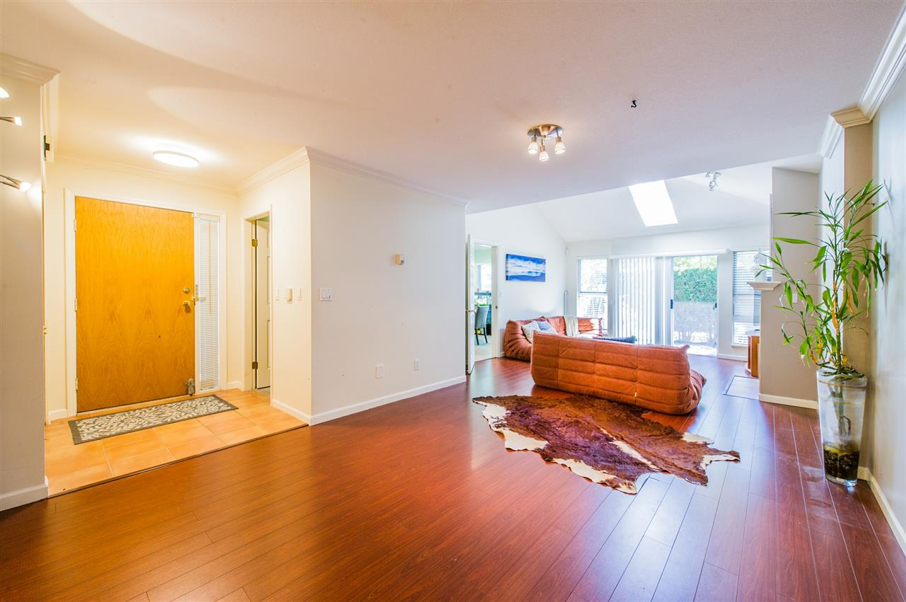 Townhouse at 10 5820 DOVER CRESCENT, Unit 10, Richmond, British Columbia. Image 4