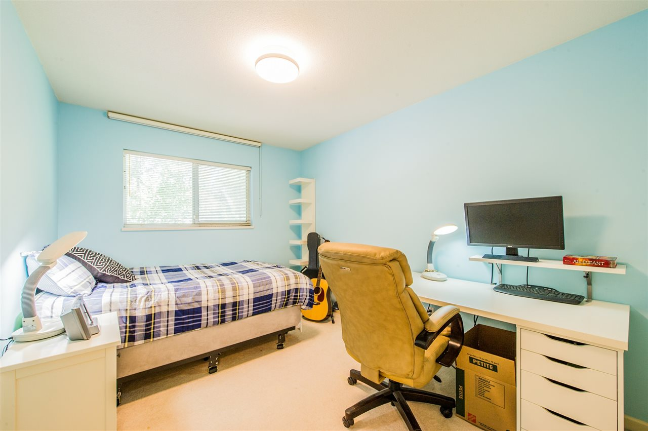 Townhouse at 10 5820 DOVER CRESCENT, Unit 10, Richmond, British Columbia. Image 9