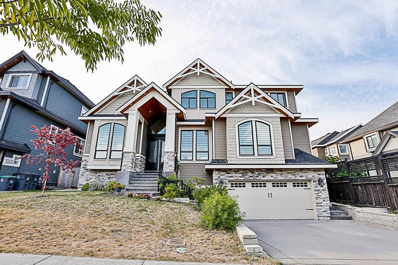 Detached at 18819 55 AVENUE, Cloverdale, British Columbia. Image 1