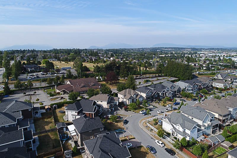 Detached at 18819 55 AVENUE, Cloverdale, British Columbia. Image 17