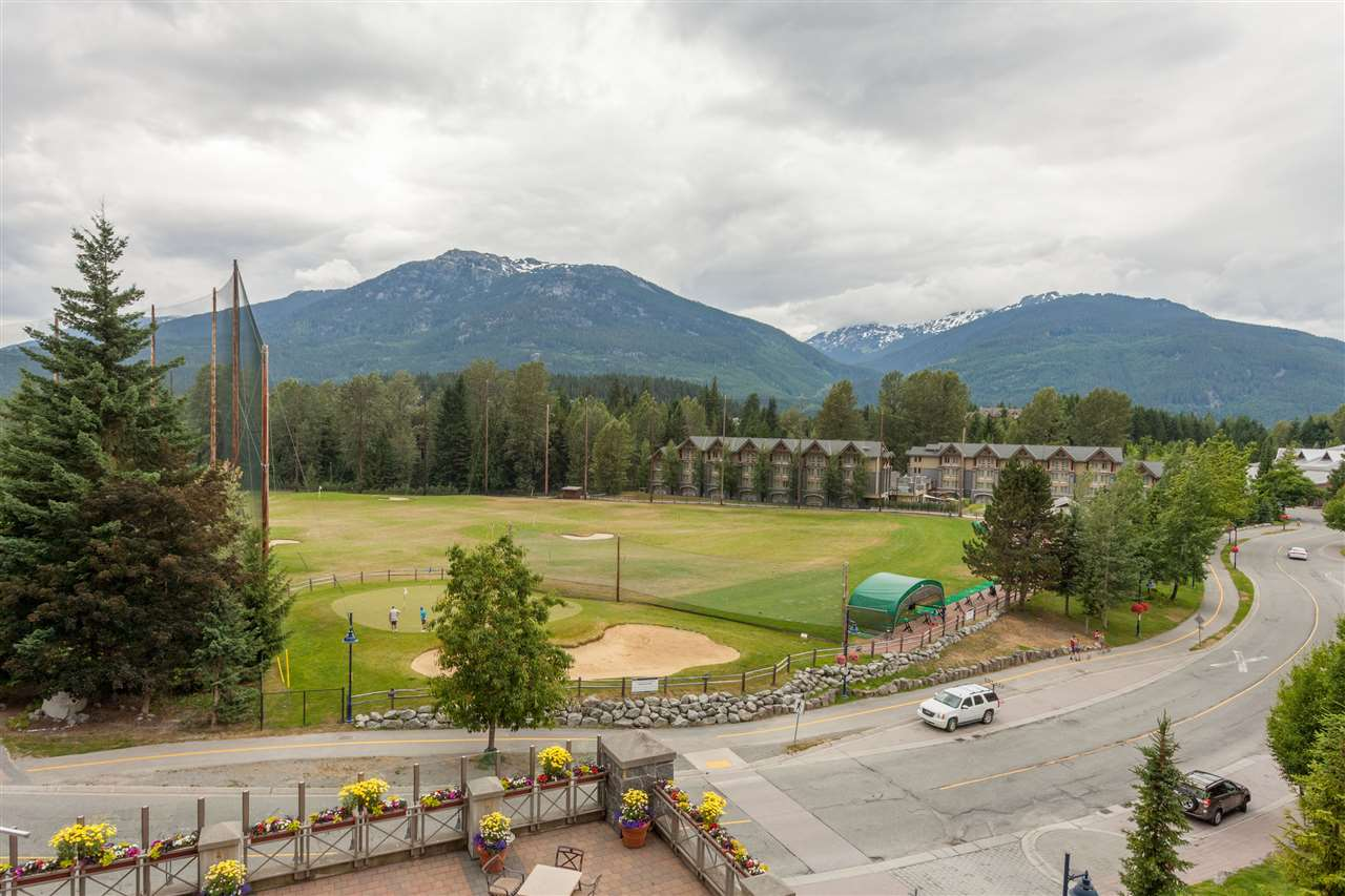 Condo Apartment at 356 4090 WHISTLER WAY, Unit 356, Whistler, British Columbia. Image 9