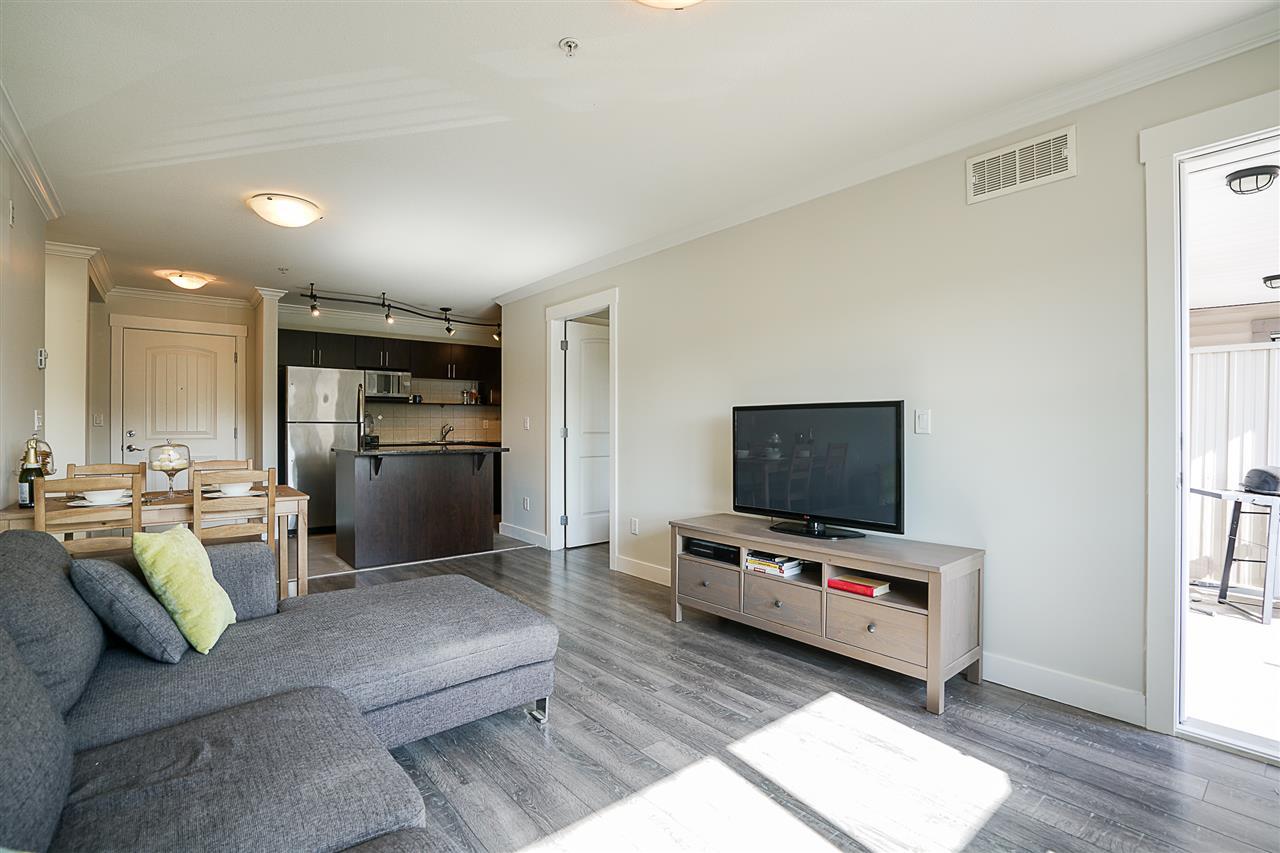 Condo Apartment at 316 17769 57 AVENUE, Unit 316, Cloverdale, British Columbia. Image 4