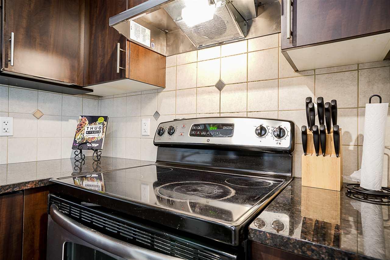 Condo Apartment at 316 17769 57 AVENUE, Unit 316, Cloverdale, British Columbia. Image 7