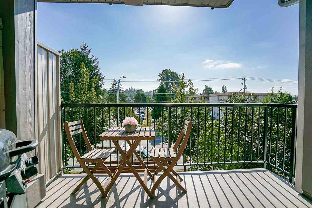 Condo Apartment at 316 17769 57 AVENUE, Unit 316, Cloverdale, British Columbia. Image 17