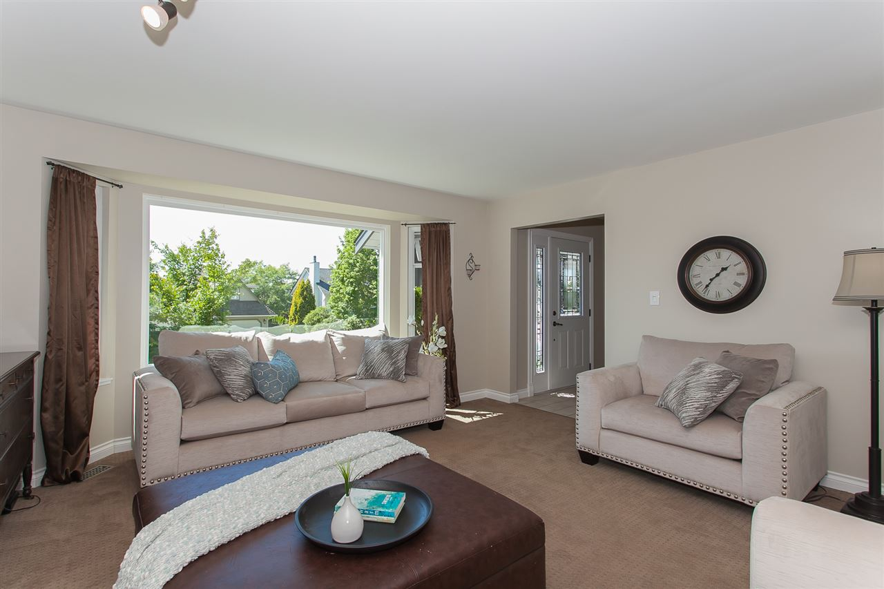 Detached at 5146 219A STREET, Langley, British Columbia. Image 5