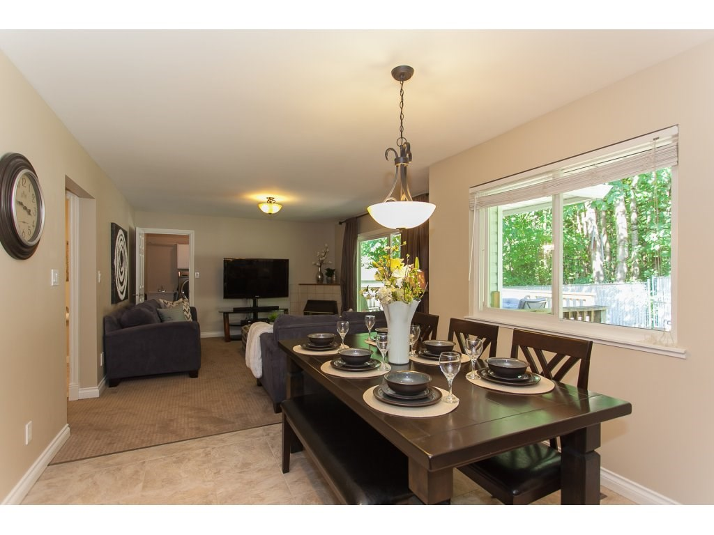 Detached at 5146 219A STREET, Langley, British Columbia. Image 9