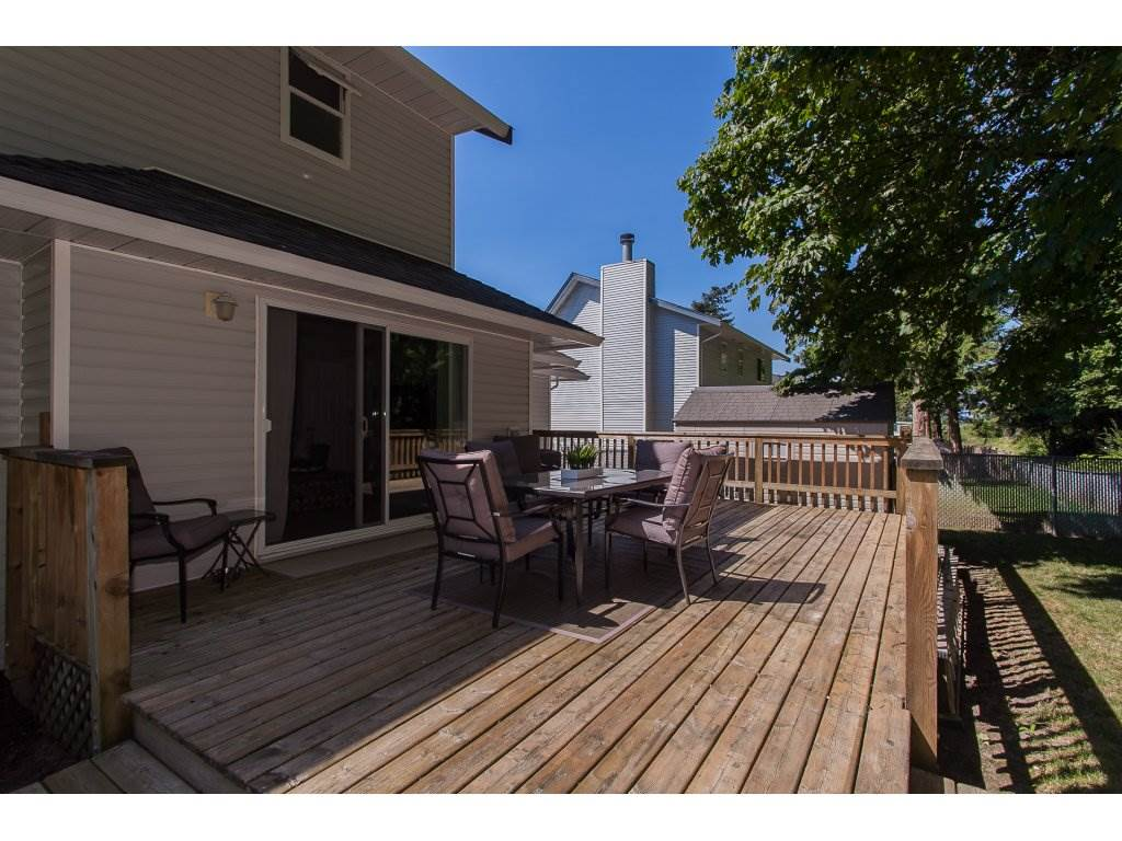Detached at 5146 219A STREET, Langley, British Columbia. Image 17