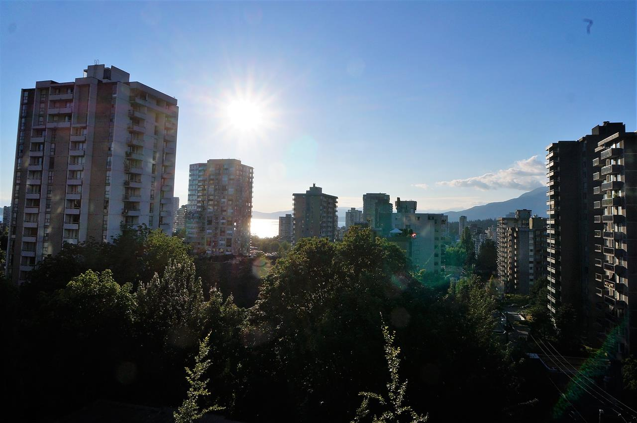 Condo Apartment at 802 1277 NELSON STREET, Unit 802, Vancouver West, British Columbia. Image 2