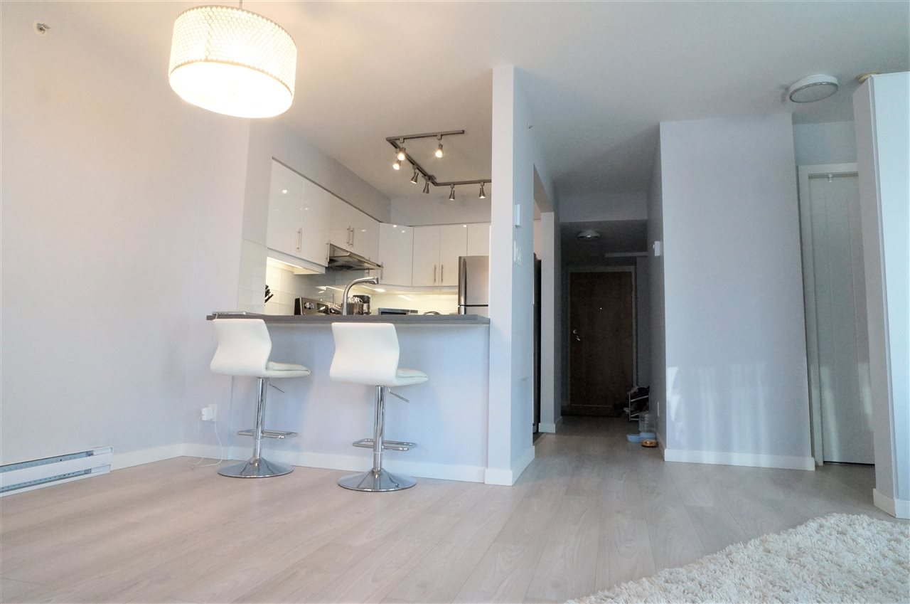 Condo Apartment at 802 1277 NELSON STREET, Unit 802, Vancouver West, British Columbia. Image 4