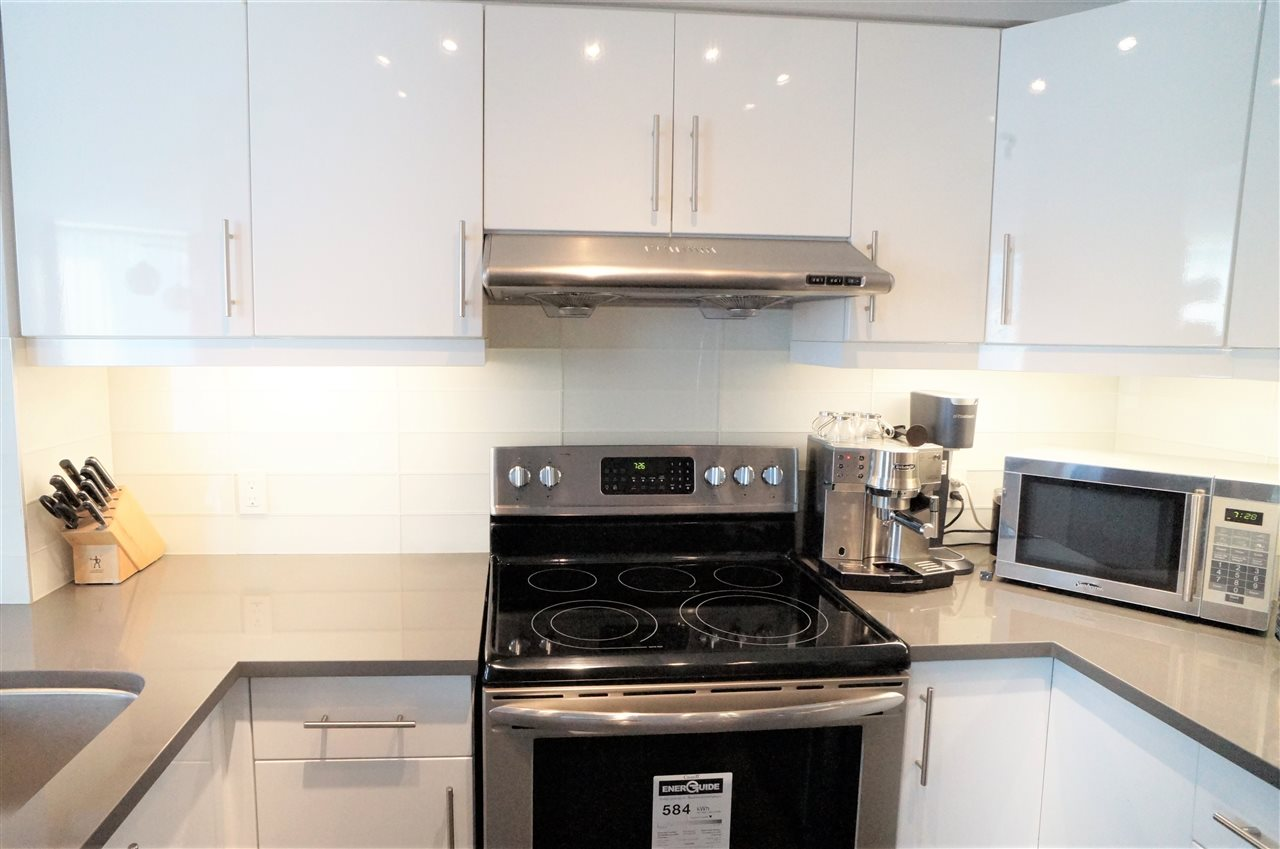 Condo Apartment at 802 1277 NELSON STREET, Unit 802, Vancouver West, British Columbia. Image 6