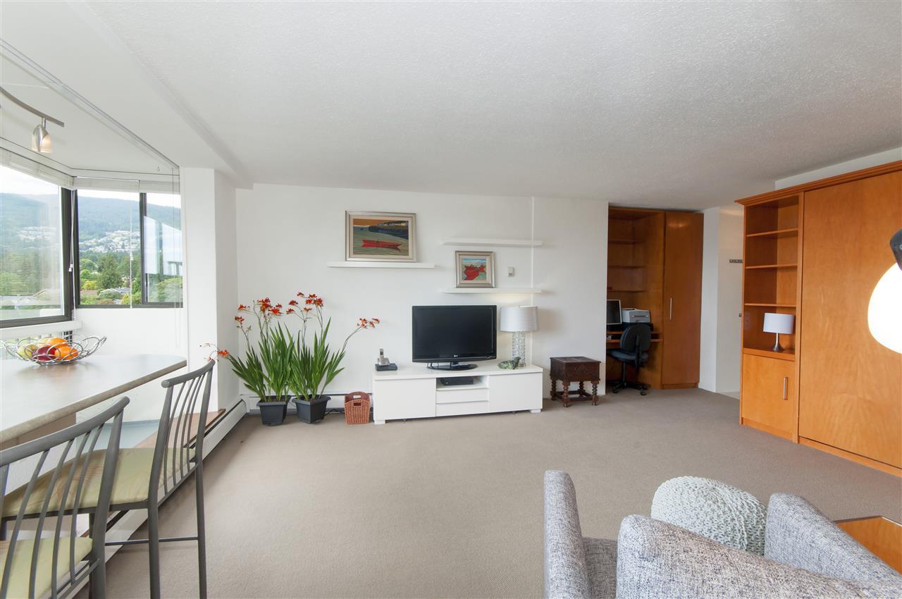 Condo Apartment at 603 555 13TH STREET, Unit 603, West Vancouver, British Columbia. Image 1