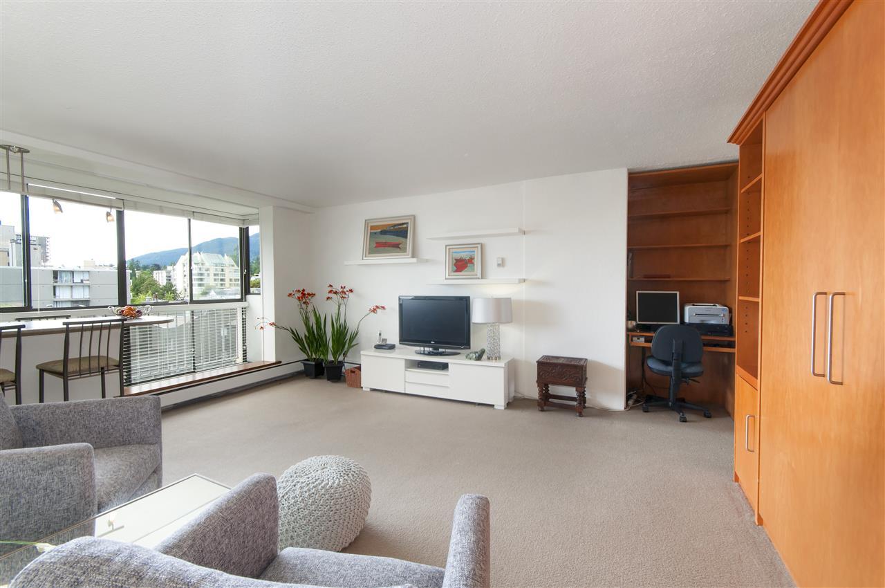 Condo Apartment at 603 555 13TH STREET, Unit 603, West Vancouver, British Columbia. Image 2