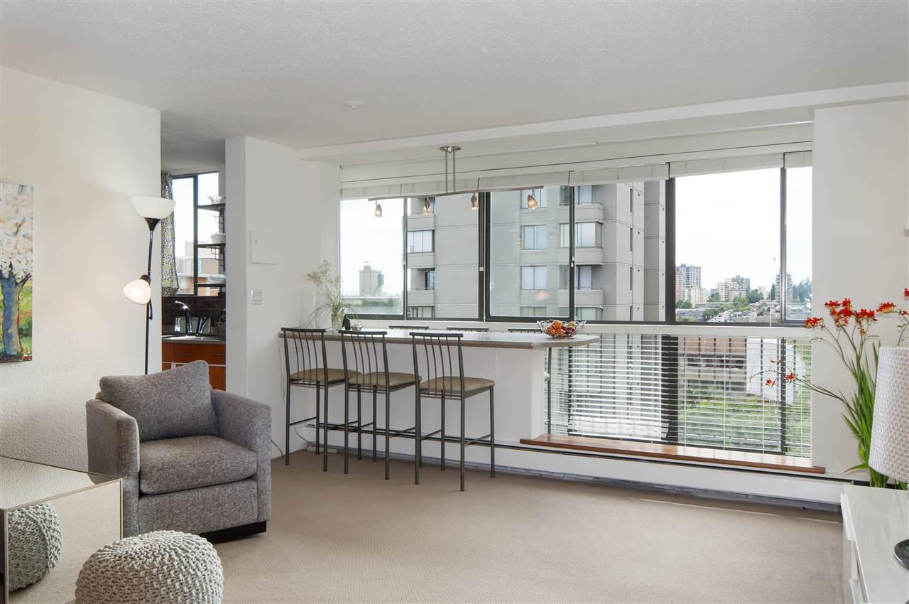 Condo Apartment at 603 555 13TH STREET, Unit 603, West Vancouver, British Columbia. Image 5