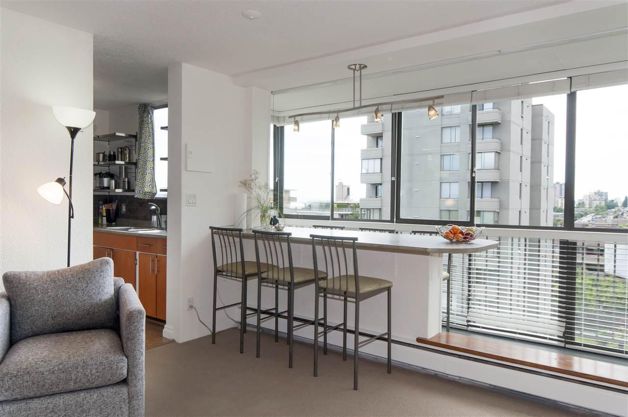 Condo Apartment at 603 555 13TH STREET, Unit 603, West Vancouver, British Columbia. Image 6