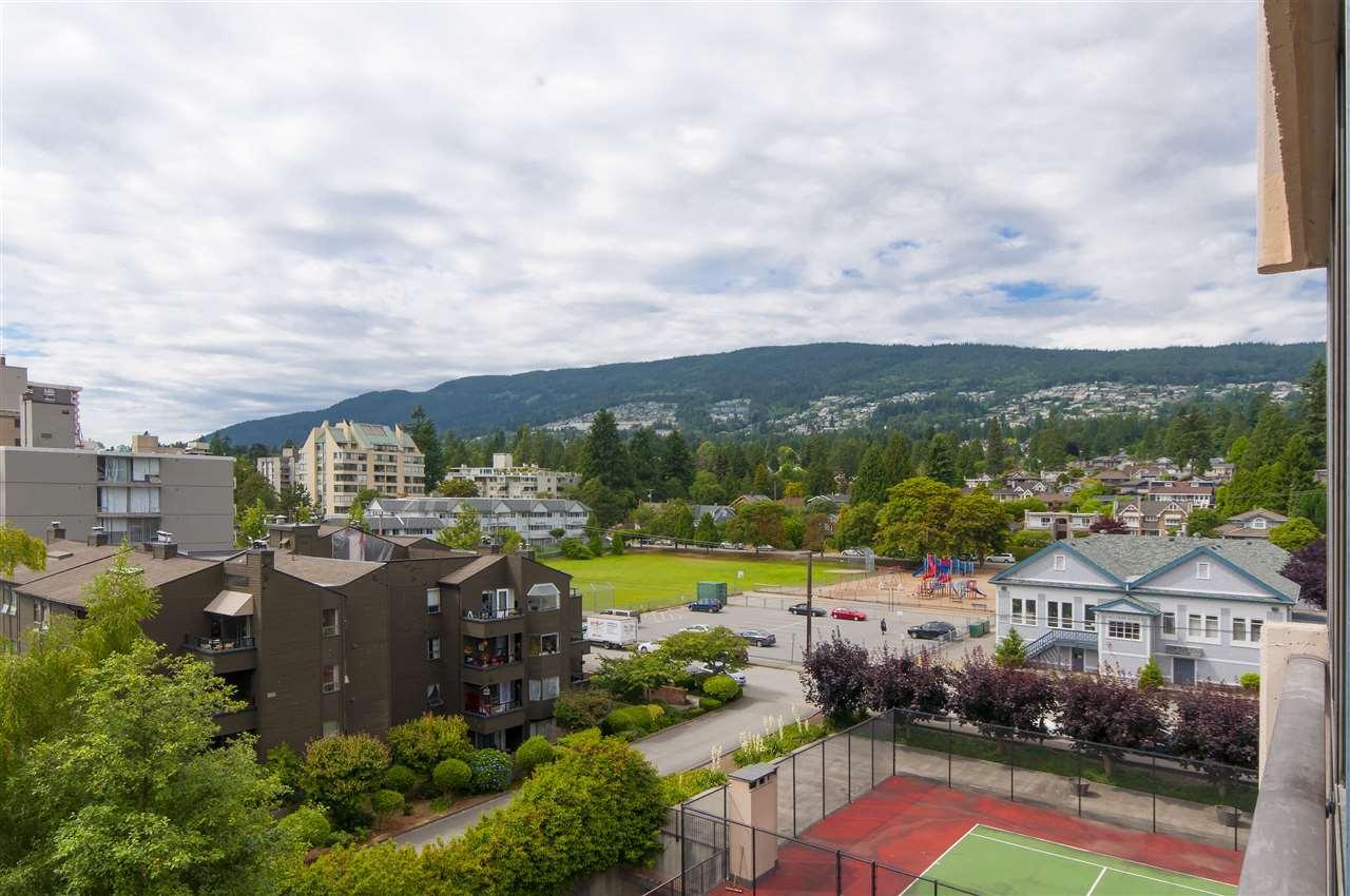 Condo Apartment at 603 555 13TH STREET, Unit 603, West Vancouver, British Columbia. Image 11