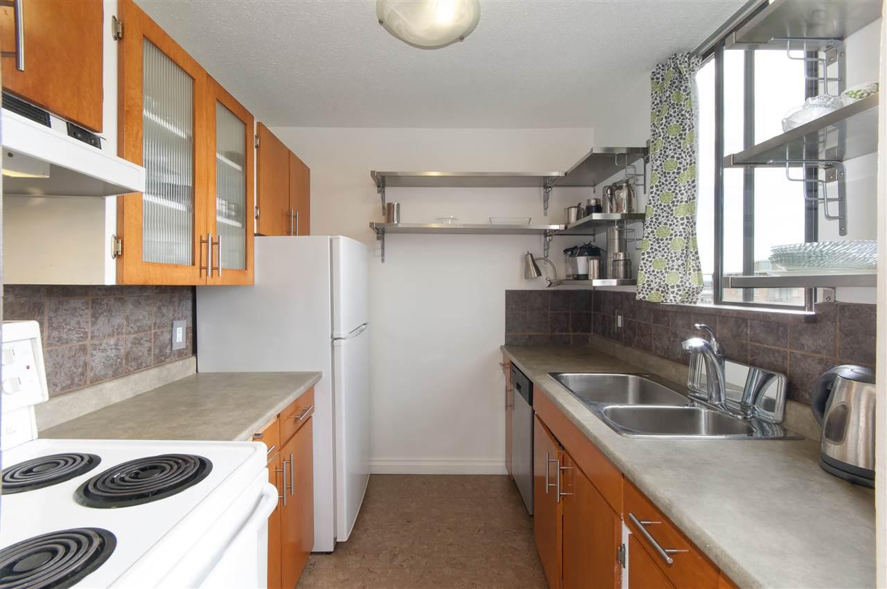 Condo Apartment at 603 555 13TH STREET, Unit 603, West Vancouver, British Columbia. Image 13