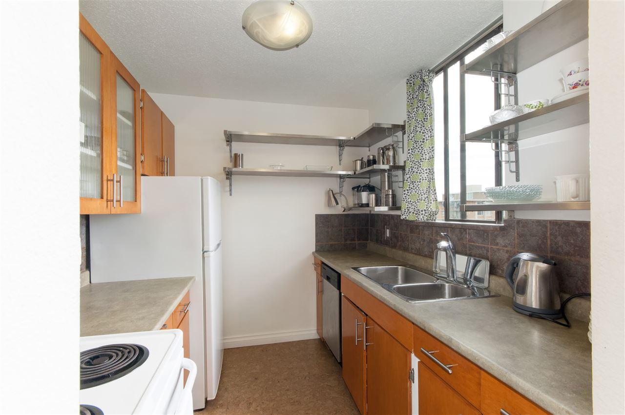 Condo Apartment at 603 555 13TH STREET, Unit 603, West Vancouver, British Columbia. Image 14