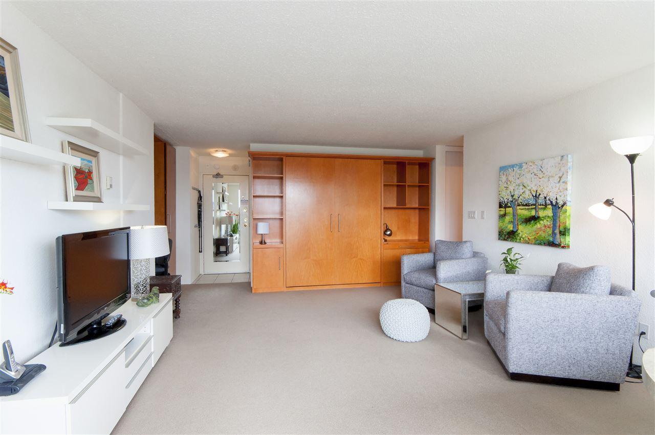Condo Apartment at 603 555 13TH STREET, Unit 603, West Vancouver, British Columbia. Image 17