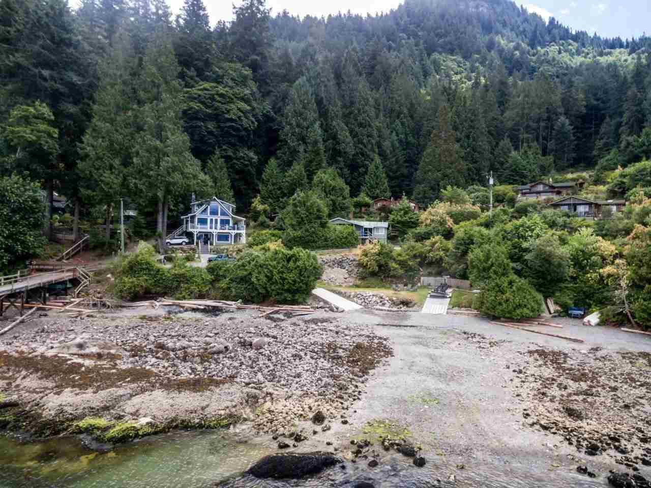 Detached at 1597 MOUNT GARDNER ROAD, Bowen Island, British Columbia. Image 18