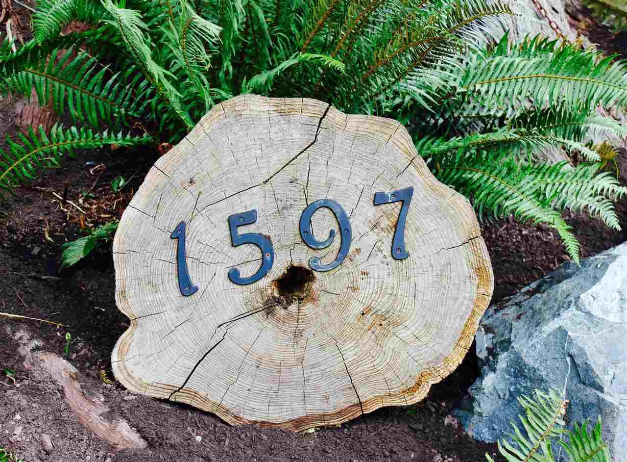 Detached at 1597 MOUNT GARDNER ROAD, Bowen Island, British Columbia. Image 20
