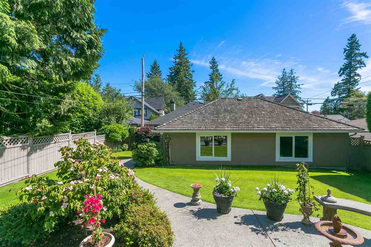 Detached at 3886 W 33RD AVENUE, Vancouver West, British Columbia. Image 9
