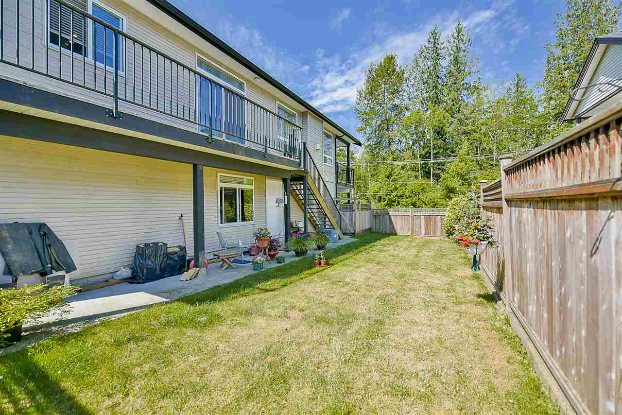 Detached at 24905 108A AVENUE, Maple Ridge, British Columbia. Image 20