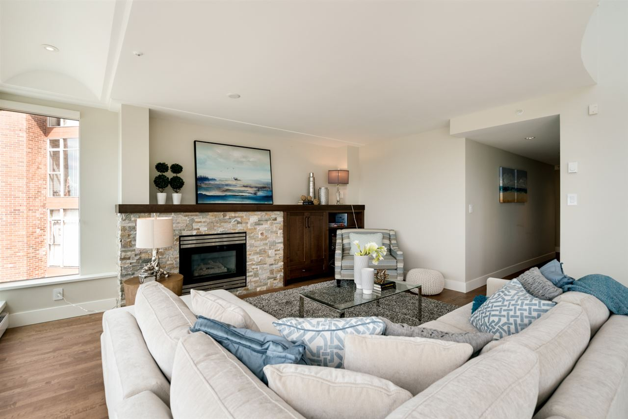 Condo Apartment at PH 1403 BEACH AVENUE, Unit PH, Vancouver West, British Columbia. Image 3