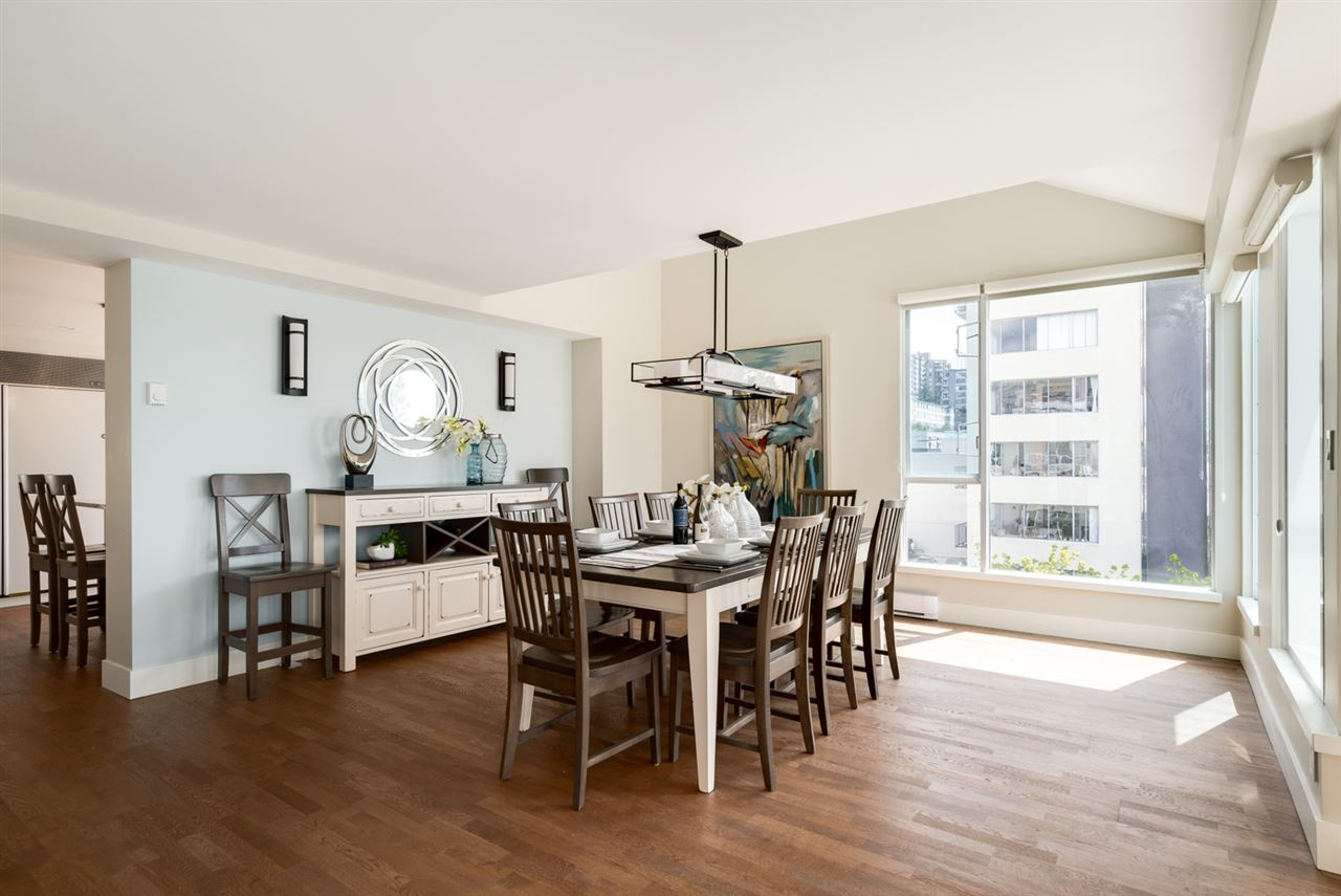 Condo Apartment at PH 1403 BEACH AVENUE, Unit PH, Vancouver West, British Columbia. Image 5