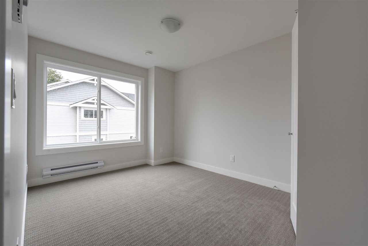 Townhouse at 1 32035 MT WADDINGTON AVENUE, Unit 1, Abbotsford, British Columbia. Image 5