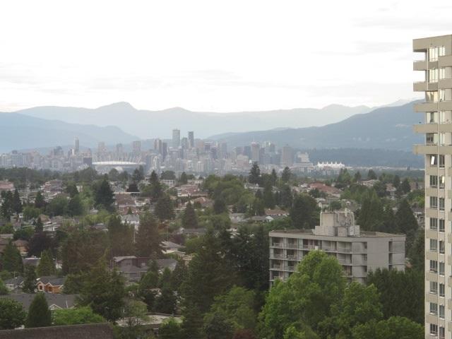 Condo Apartment at 1401 5885 OLIVE AVENUE, Unit 1401, Burnaby South, British Columbia. Image 18
