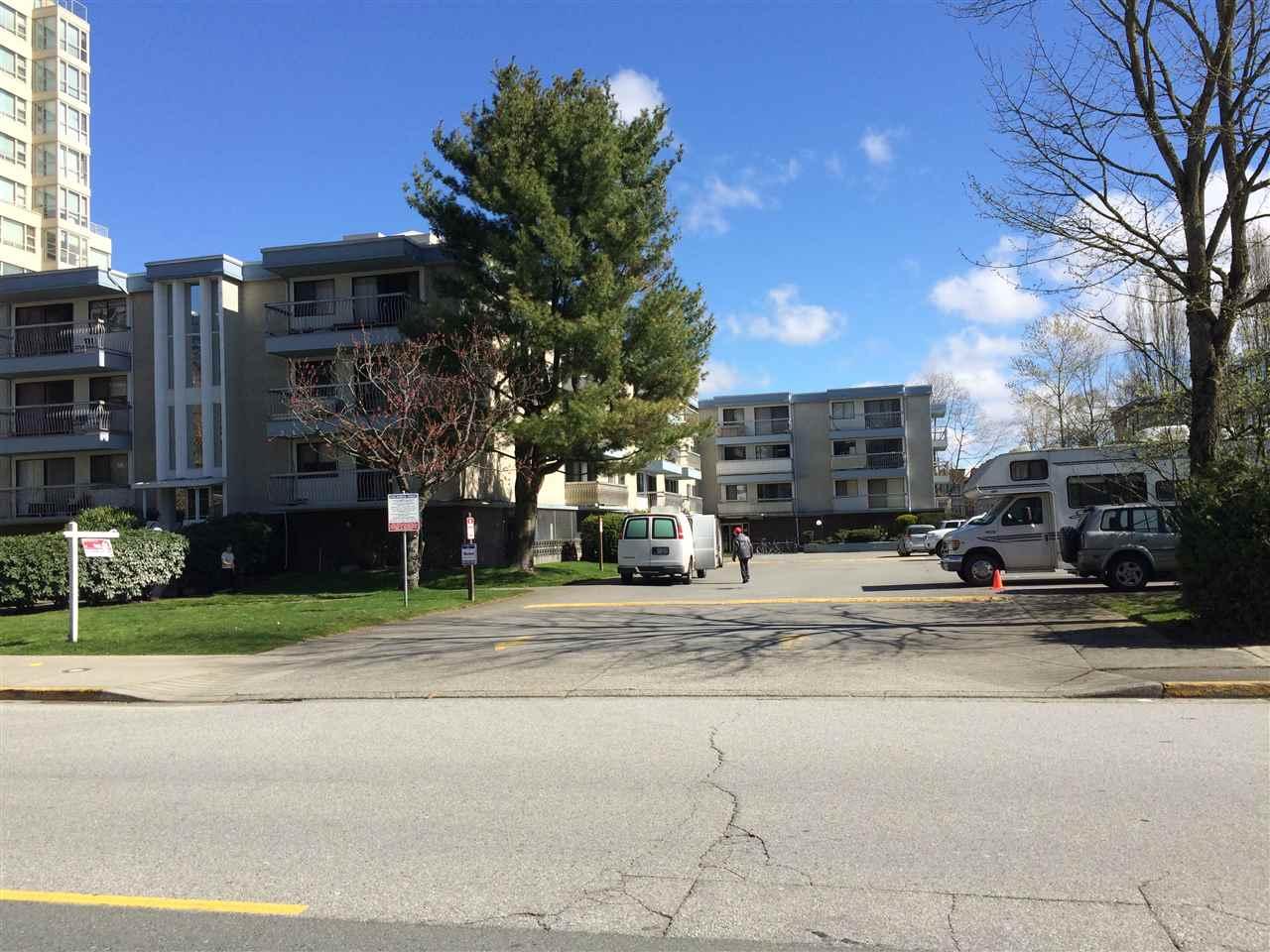 Condo Apartment at 109 6340 BUSWELL STREET, Unit 109, Richmond, British Columbia. Image 1