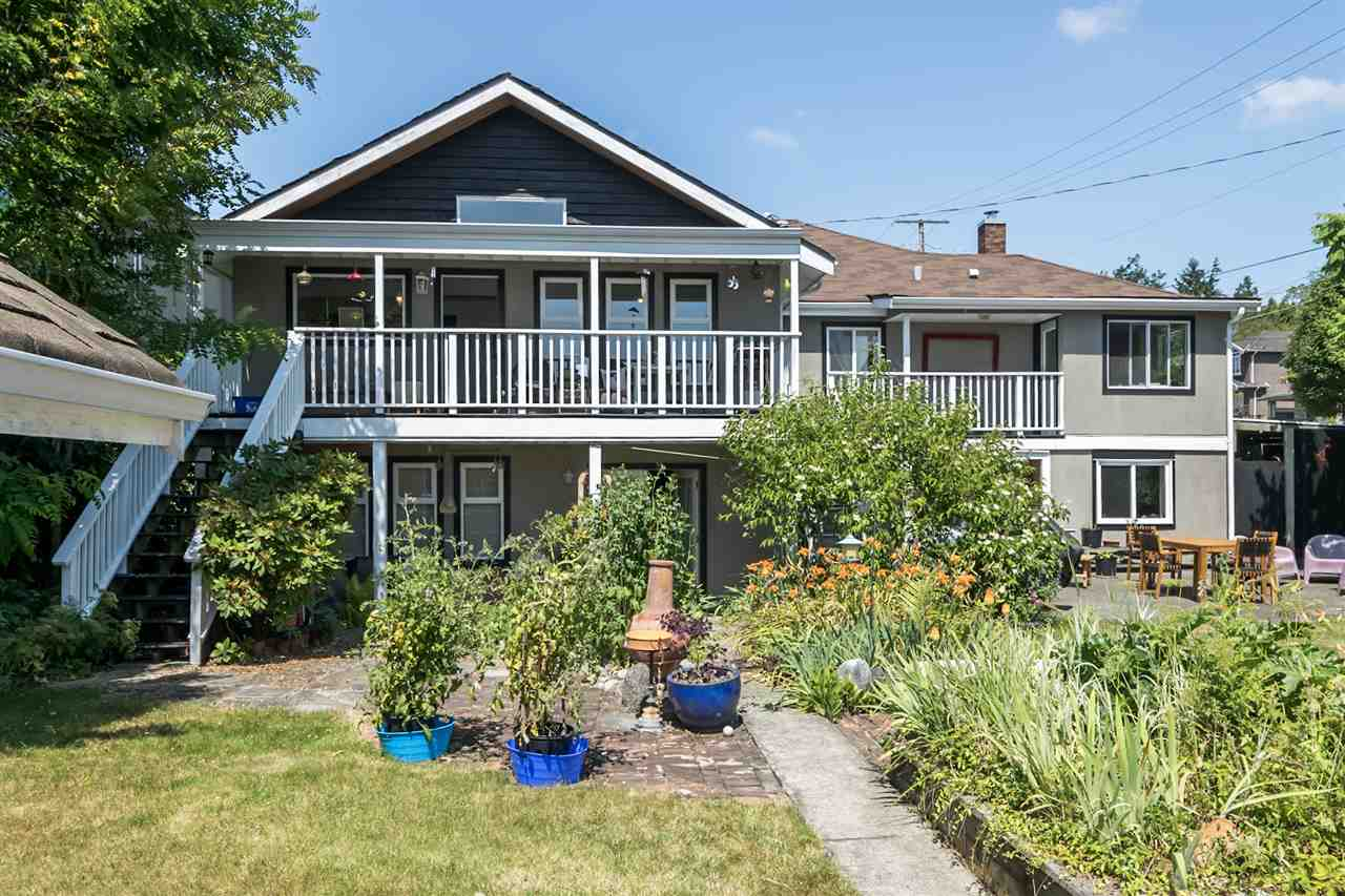 Detached at 1302 HAMILTON STREET, New Westminster, British Columbia. Image 1