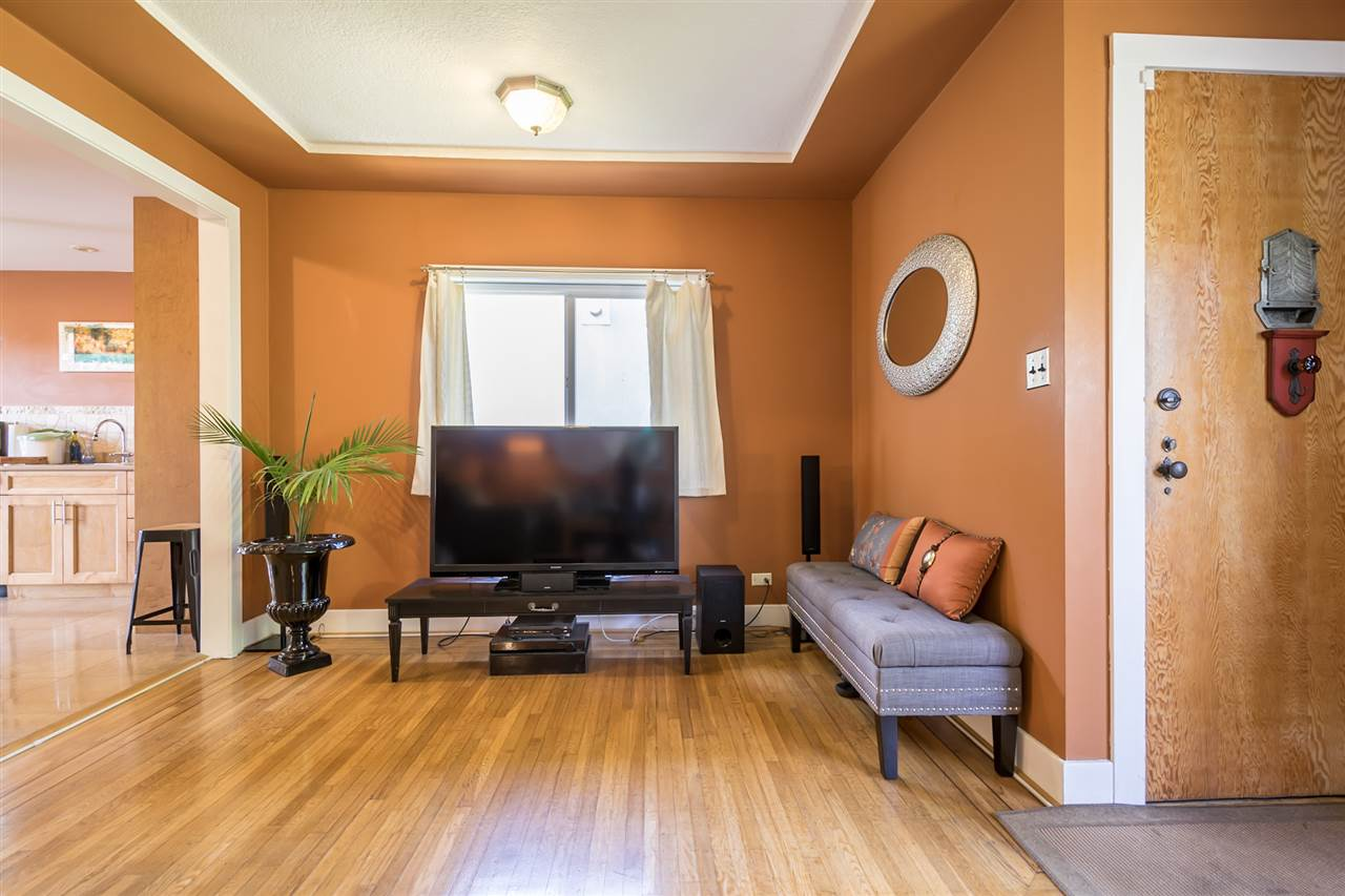 Detached at 1302 HAMILTON STREET, New Westminster, British Columbia. Image 13
