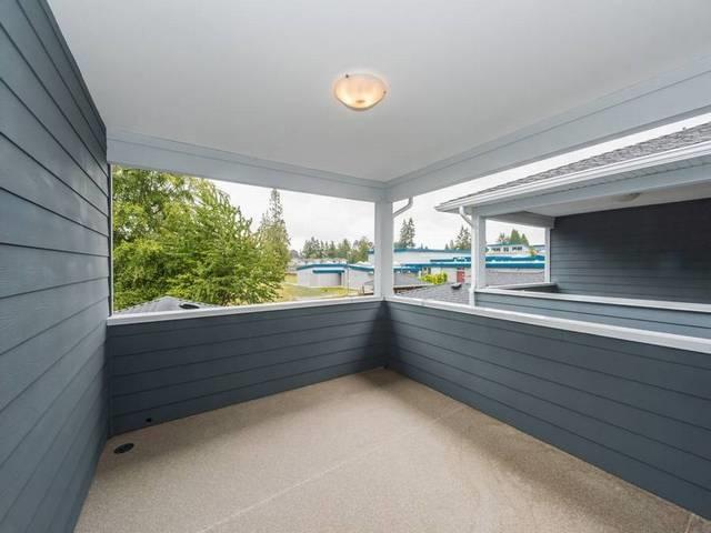 Half-duplex at 6486 BRANTFORD AVENUE, Burnaby South, British Columbia. Image 13