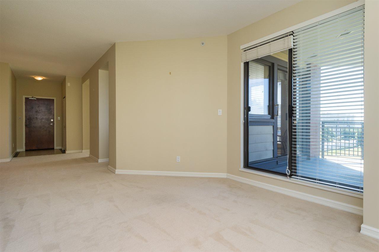 Condo Apartment at 302 1551 FOSTER STREET, Unit 302, South Surrey White Rock, British Columbia. Image 5
